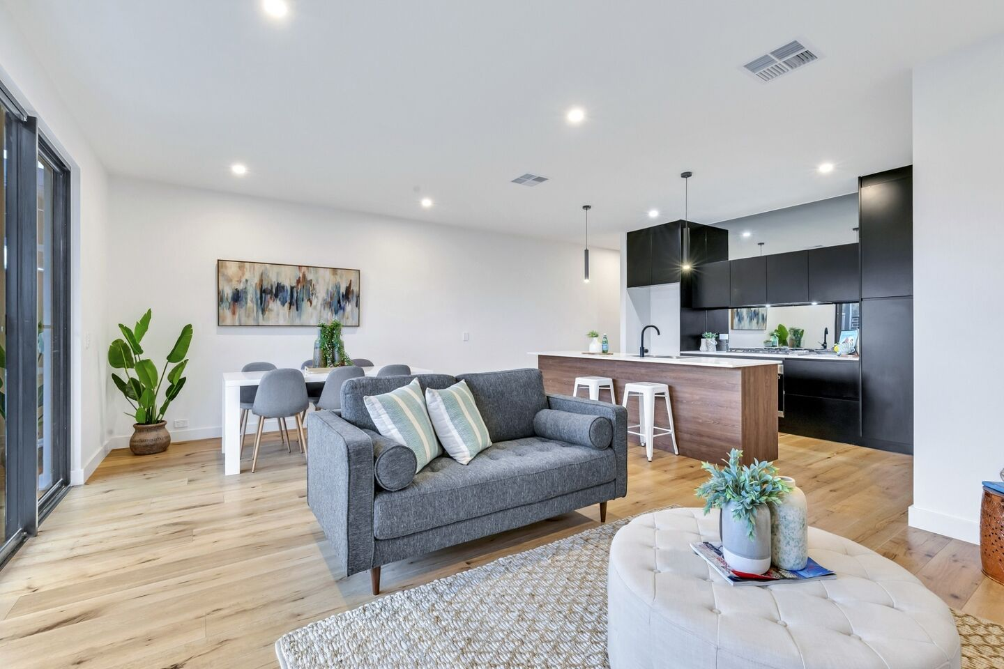 Glenelg East Living 2