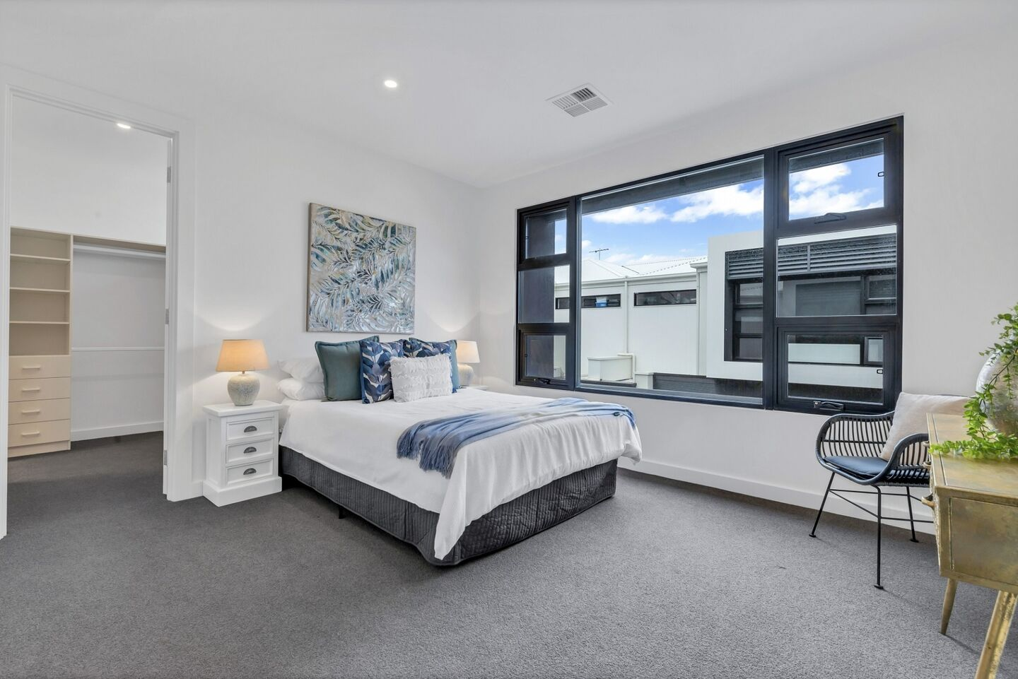 Glenelg East Master Bed